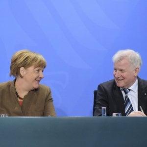 Germania, Merkel non andrà al congresso dei 'cugini' della Csu