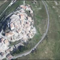 Terremoto Centro Italia, le immagini di Castelluccio di Norcia devastata dopo il sisma