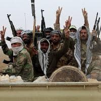 Isis, i curdi: 'Al-Baghdadi si trova a Mosul'. Liberati 50 villaggi, dura resistenza dei jihadisti