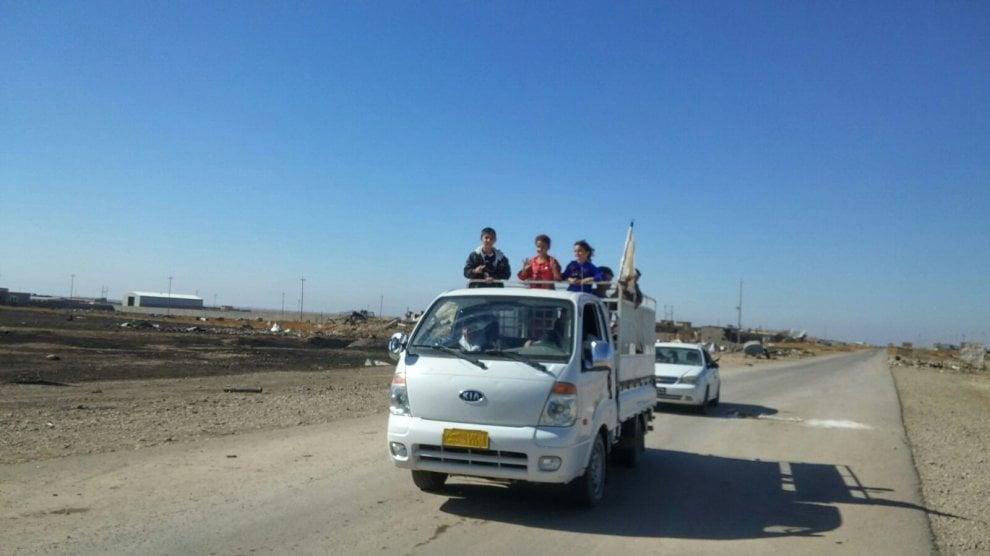 Iraq, i profughi in fuga da Mosul