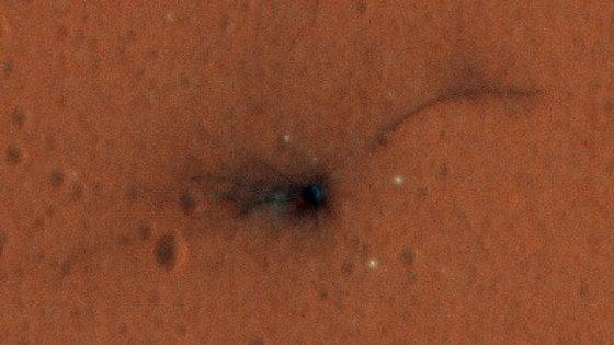 ExoMars, prime immagini a colori dei resti di Schiaparelli
