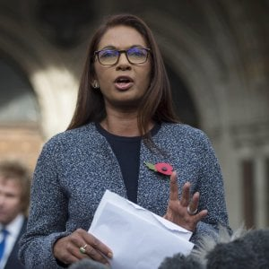 Brexit, la Scozia sostiene Gina Miller nella battaglia contro l'esecutivo britannico