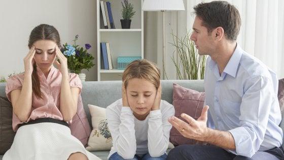 """""""Basta con il cognome del padre"""". La Consulta decide sull'ultimo tabù"""