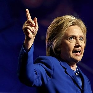 "Usa 2016: Clinton torna a salire nei sondaggi. Fbi conferma: ""Nessuna accusa sull'email-gate"""