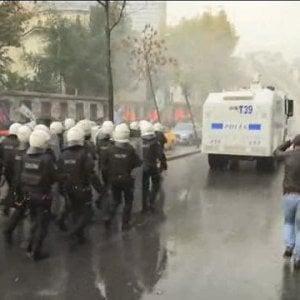 """Turchia, partito filo curdo Hdp si ritira da Parlamento. Demirtas: """"Arresto illegale, lotteremo"""""""