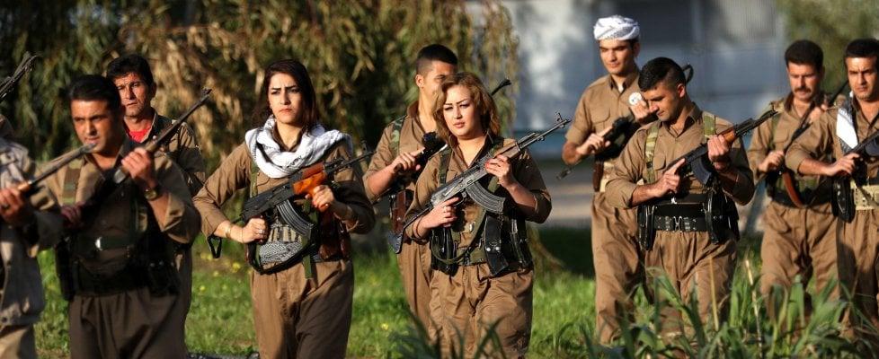 Jihan e le altre, le combattenti che sfidano l'Isis