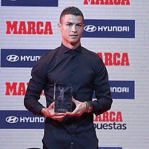 Spagna, paperone Ronaldo: ingaggio da 23 milioni l'anno