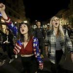Presidenziali Usa, decine di migliaia di persone in piazza contro Trump: