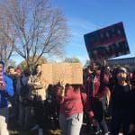 Iowa, studenti in piazza contro Trump: