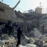Aleppo Est, la vita dei bambini a rischio: manca tutto, persino i cibo