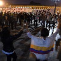 Colombia, firmato nuovo accordo di pace con le Farc