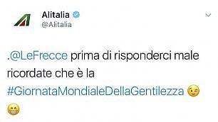 Battibecco social Le Frecce-Alitalia: ''Noi di aerei conosciamo solo le Frecce Tricolori''