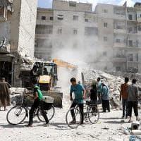 Aleppo, l'arte di sopravvivere tra