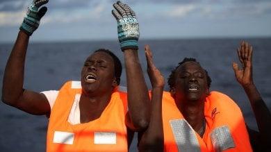 Nuovo naufragio di migranti nel Canale di Sicilia, si temono decine di vittime