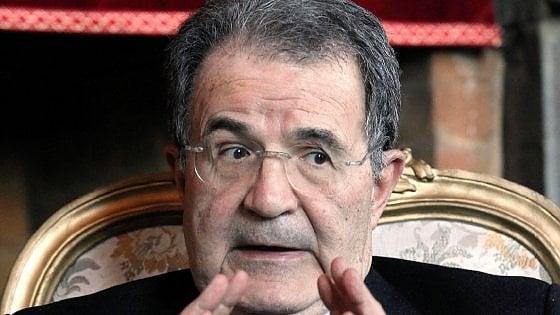 """Prodi: """"Da Renzi eccesso di polemiche. Sbagliato mettere in discussione la nostra appartenenza all'Europa"""""""