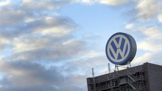 Volkswagen taglia 30mila posti di lavoro