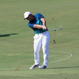 Golf, Dubai: Molinari quinto, in corsa per il titolo
