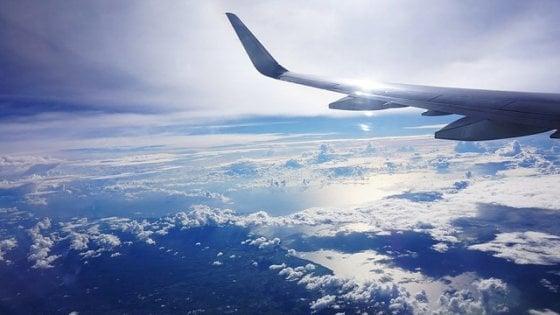 Niente più attese in aeroporto:  un sistema predice i ritardi aerei causati dal maltempo
