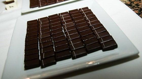 posso perdere peso mangiando cioccolato