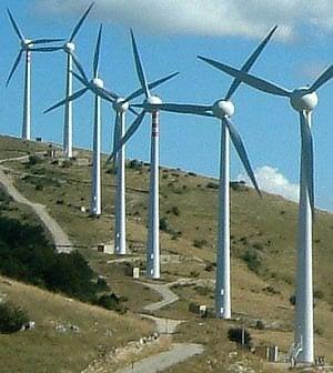 L'energia tira il freno: ferme le rinnovabili, obiettivi CO2 a rischio
