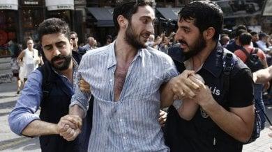 Turchia, massiccio giro di vite  contro le Ong: è quasi stato di emergenza
