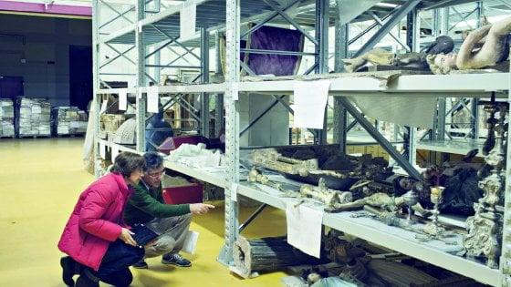 """Terremoto, viaggio nel bunker delle opere salvate: """"Così ridiamo vita all'arte"""""""