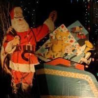 ''Babbo Natale? Genitori, basta bugie''. Il segreto più amato ora divide gli psicologi