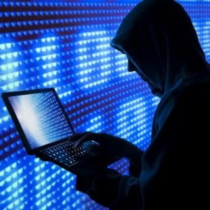 Hacker contro il referendum: due denunce