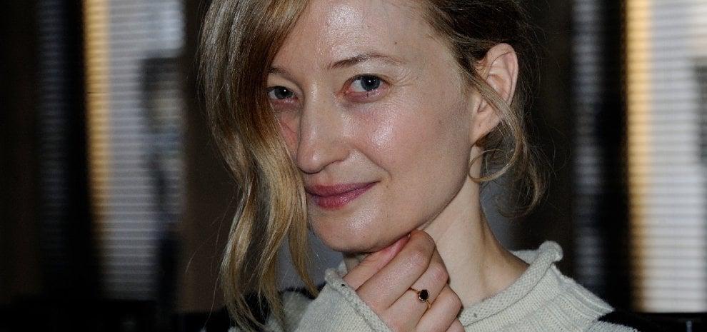 """Alba Rohrwacher: """"Recitare è riguardarsi e pensare: ma quella sono davvero io?"""""""