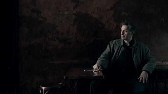 La notte di John Turturro, la serie noir che doveva essere di Gandolfini