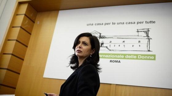 """Maria e le offese a Boldrini sui social: """"Pentita ma non andrò a Roma, mi vergogno"""""""