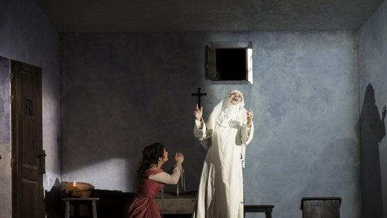 "Martone: ""Autocensura per 'Cavalleria Rusticana/Sancta Susanna'? Inutile, il melodramma parla da sé"""