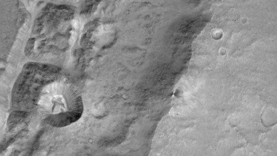 ExoMars, le prime immagini: la sonda nell'atmosfera di Marte
