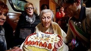 Verbania, la nonnina del mondo Emma Morano compie 117 anni