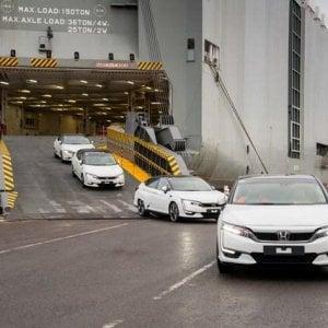 Sorpresa Honda: sbarca in Europa l'auto a idrogeno
