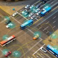 Auto a guida autonoma e treni connessi nel 2019. Il trasporto smart secondo