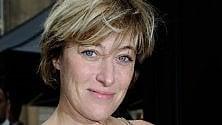 Valeria Bruni Tedeschi sfida la vecchiaia. Piano, piano mi sto abituando