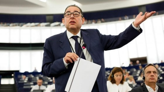 Nomine Ue, il Pse candida l'italiano Pittella alla presidenza del parlamento