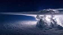 Lo spettacolo dei cieli nelle grandi foto per i desktop
