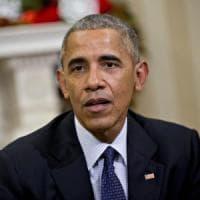 """Usa, Obama: """"Trattare la marijuana come l'alcol e le sigarette"""""""