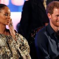 Barbados, l'incontro tra il principe Harry e Rihanna per i 50 anni di indipendenza dell'isola