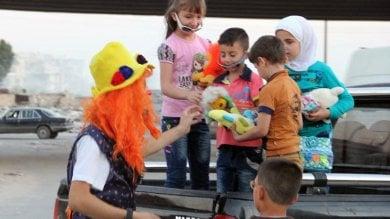 Addio Anas, il clown di Aleppo che faceva ridere i bambini