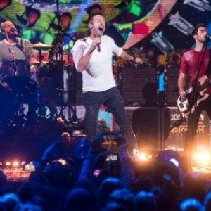 Il Tribunale di Roma blocca i bagarini dei biglietti dei Coldplay