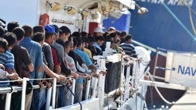 Migranti, boom degli sbarchi nel 2016  Ma le migrazioni aumenteranno  nei prossimi decenni