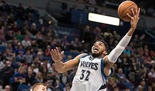 Basket, Nba: Towns come Shaq e Durant. E' lui la nuova stella della lega