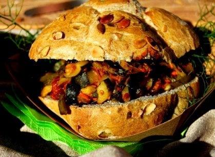Il panino italiano va alla globalizzazione, tra negozi, catene e accademie