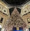 Natale, al via la corsa ai regali per una spesa di 614 euro