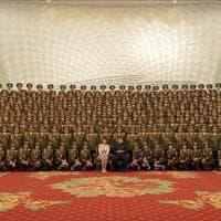 Nord Corea, moglie Kim Jong-un ricompare in pubblico dopo nove mesi