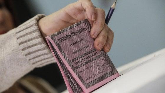 """Referendum, è psicosi matite cancellabili. Il Viminale: """"Indelebili sulle schede"""""""