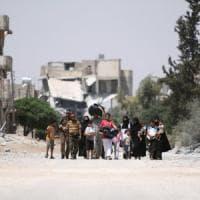 """Sondaggio mondiale Croce Rossa: """"Primo imperativo, risparmiare i civili"""""""